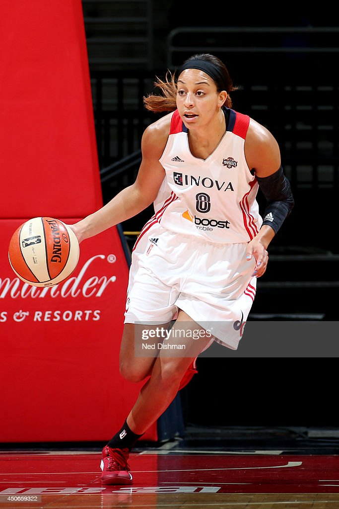 Bria Hartley of the Washington Mystics drives against the Chicago Sky at the Verizon Center on June 13 2014 in Washington DC NOTE TO USER User...