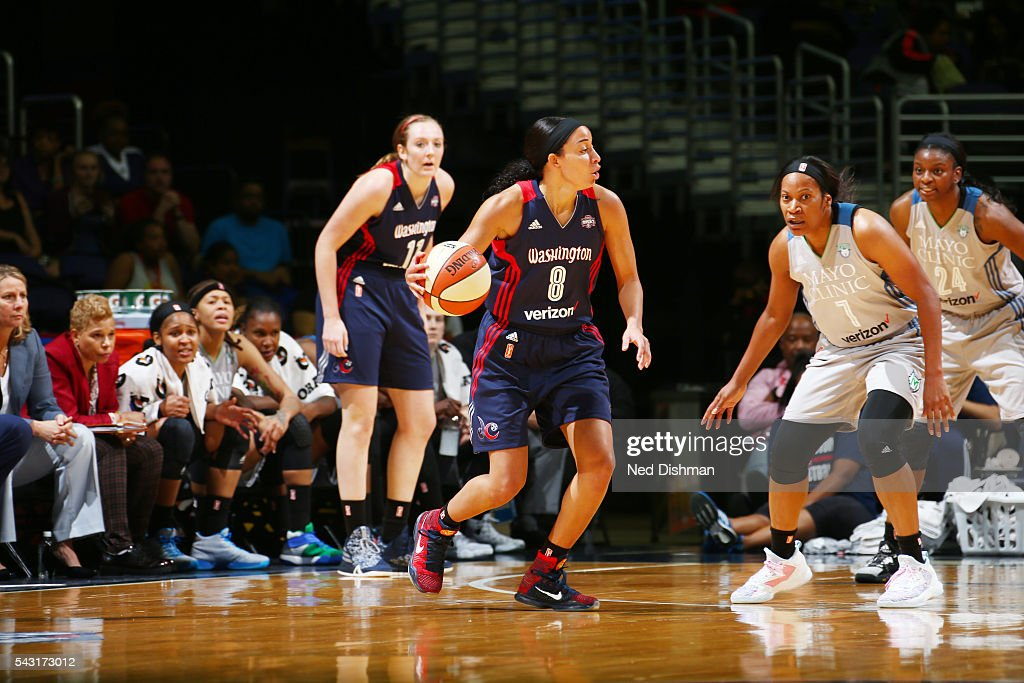 <a gi-track='captionPersonalityLinkClicked' href=/galleries/search?phrase=Bria+Hartley&family=editorial&specificpeople=7334401 ng-click='$event.stopPropagation()'>Bria Hartley</a> #8 of the Washington Mystics drives to the basket against the Minnesota Lynx during game on June 26, 2016 at Verizon Center in Washington, District of Columbia.