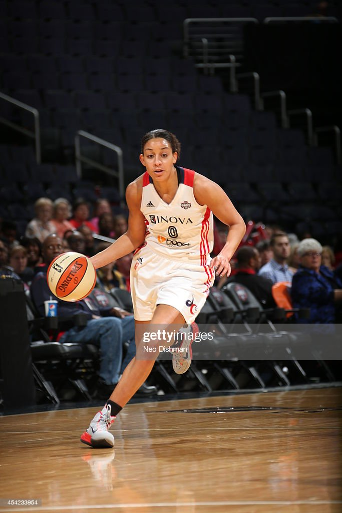 Bria Hartley of the Washington Mystics handles the ball against the Indiana Fever in Game Two of the Eastern Conference Semifinals during the 2014...