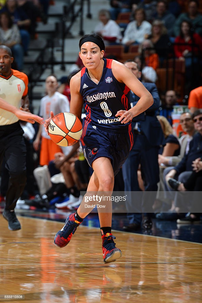 Bria Hartley of the Washington Mystics handles the ball during the game against the Connecticut Sun on May 21 2016 at the Mohegan Sun Arena in...