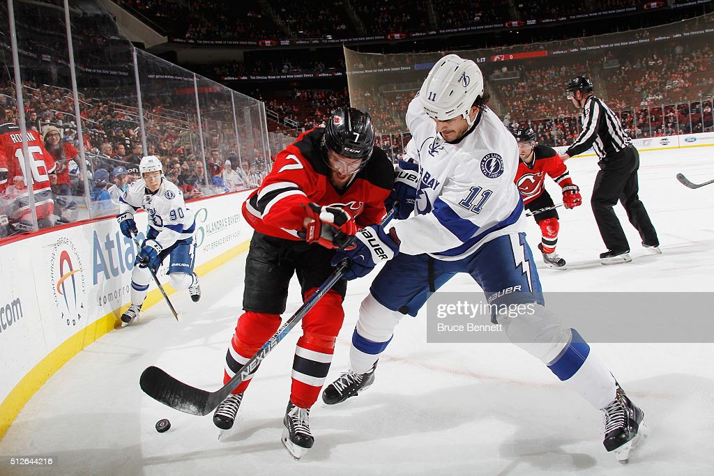 <a gi-track='captionPersonalityLinkClicked' href=/galleries/search?phrase=Brian+Boyle+-+Hockey+su+ghiaccio&family=editorial&specificpeople=8986264 ng-click='$event.stopPropagation()'>Brian Boyle</a> #11 of the Tampa Bay Lightning skates against the New Jersey Devils at the Prudential Center on February 26, 2016 in Newark, New Jersey. The Lightning shutout the Devils 4-0.