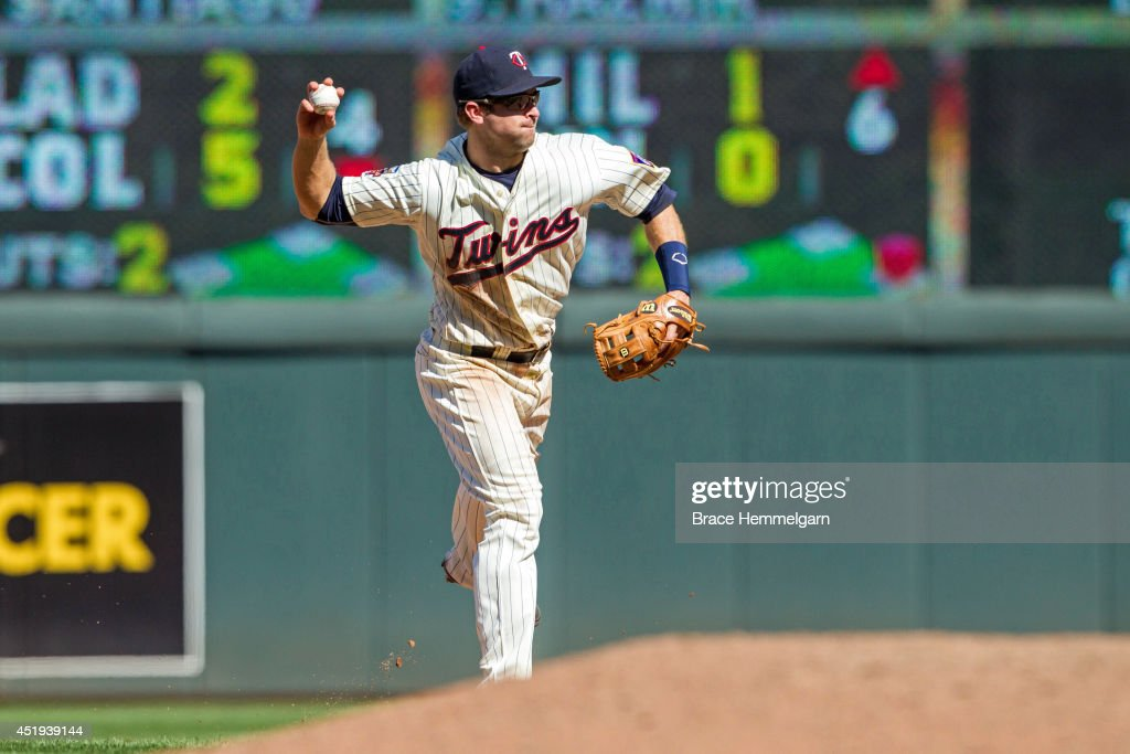 Brian Dozier #2 of the Minnesota Twins fields against the New York Yankees on July 5, 2014 at Target Field in Minneapolis, Minnesota. The Twins defeated the Yankees 2-1.