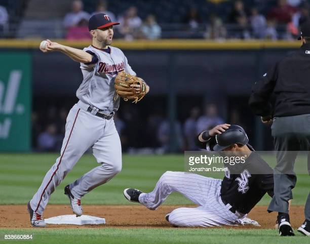Brian Dozier of the Minnesota Twins turns an unassisted double play in the 2nd inning over Nicky Delmonico of the Chicago White Sox at Guaranteed...