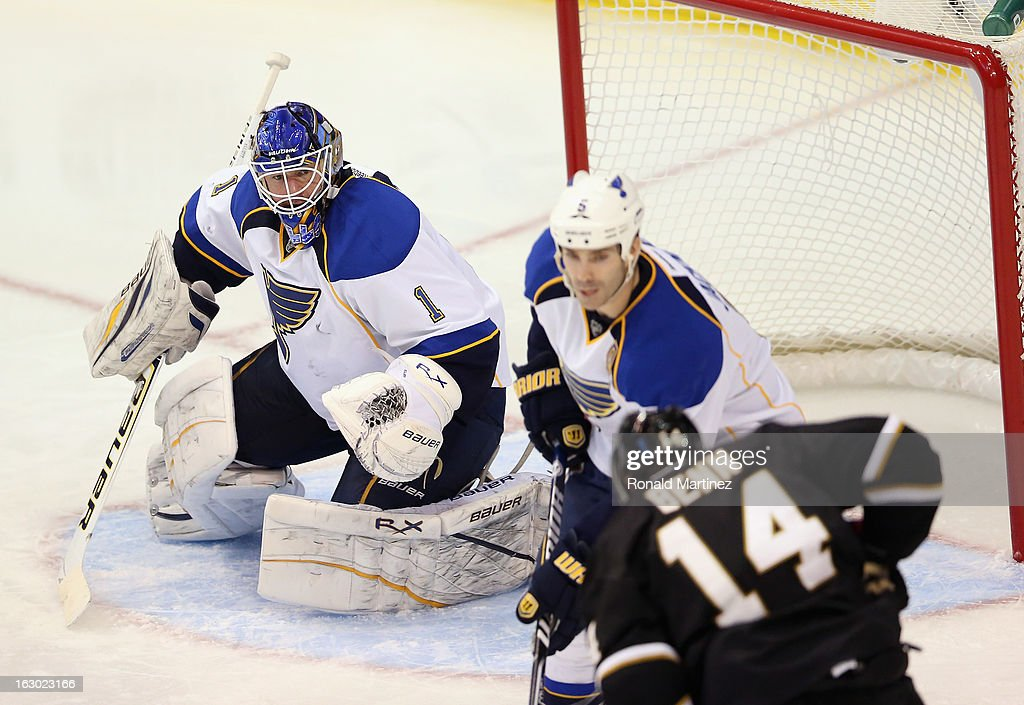 <a gi-track='captionPersonalityLinkClicked' href=/galleries/search?phrase=Brian+Elliott&family=editorial&specificpeople=687032 ng-click='$event.stopPropagation()'>Brian Elliott</a> #1 of the St. Louis Blues in goal against the Dallas Stars at American Airlines Center on March 3, 2013 in Dallas, Texas.