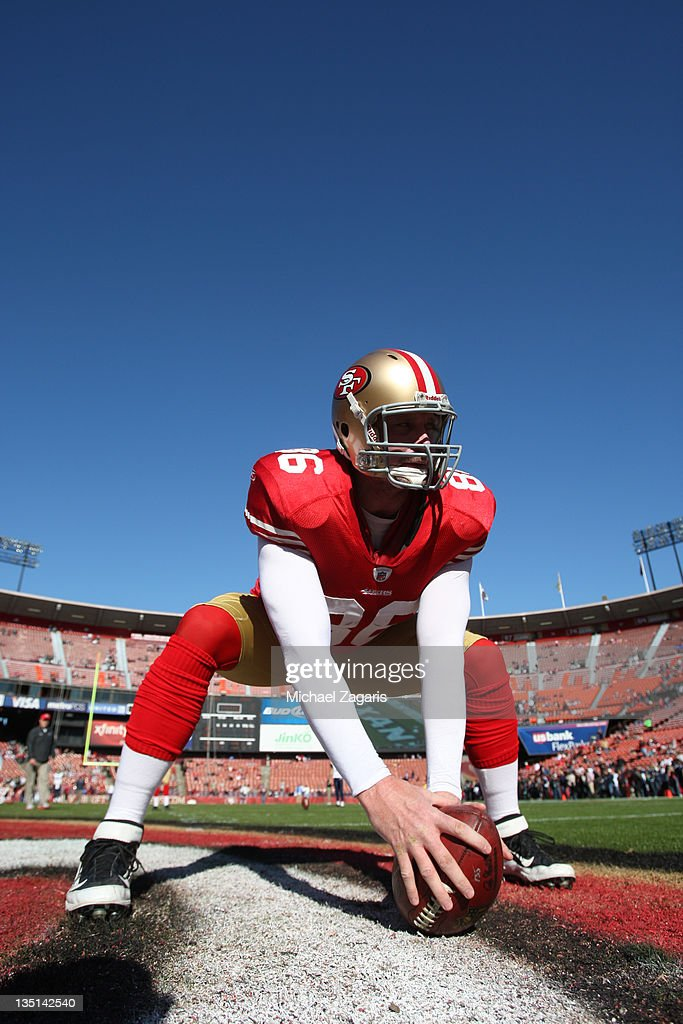 Brian Jennings of the San Francisco 49ers gets ready to snap the ball prior to the game against the St Louis Rams at Candlestick Park on December 4...
