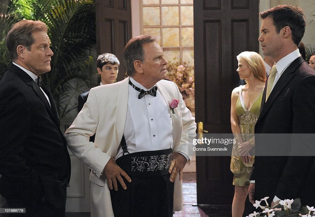 LIVE - Brian Kerwin (Charlie), Eddie Alderson (Matthew), Robert S. Woods (Bo), Gina Tognoni (Kelly) and Tuc Watkins (David) in a scene that begins airing the week of May 31, 2010 on ABC Daytime's 'One Life to Live.' 'One Life to Live' airs Monday-Friday (2:00 p.m. - 3:00 p.m., ET) on the ABC Television Network. OLTL10 (Photo by Donna Svennevik/ABC via Getty Images) BRIAN