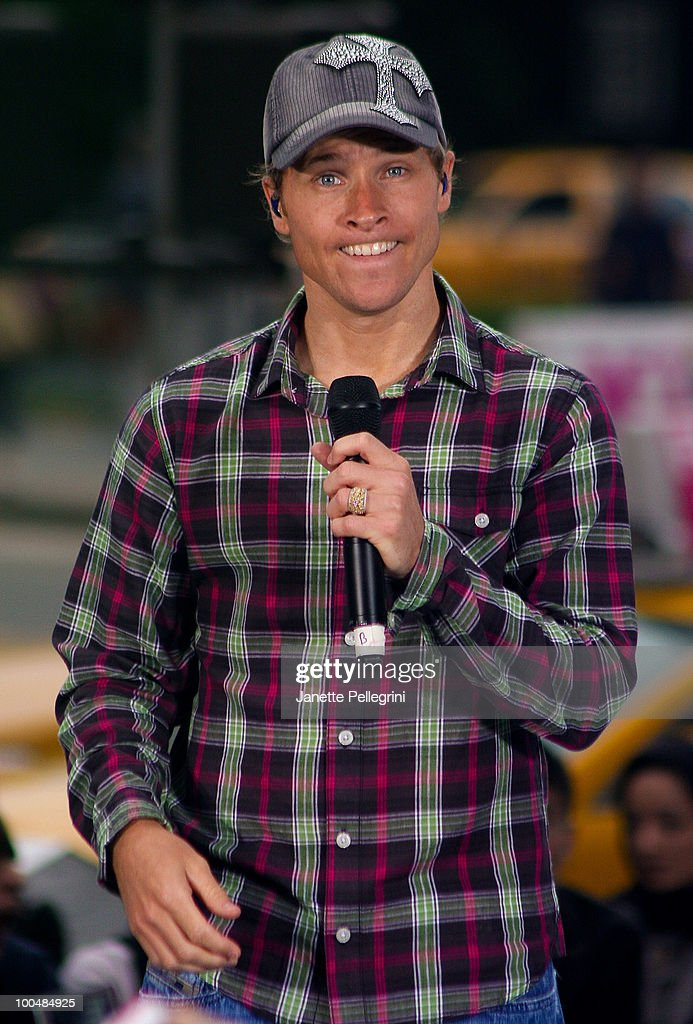 Brian Littrell of the Backstreet Boys peforms on CBS' The Early Show Summer Concert Series at the CBS Early Show Studio Plaza on May 24, 2010 in New York City.