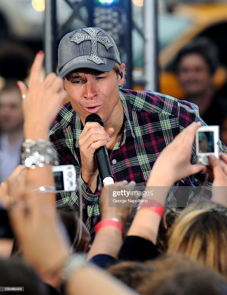 Brian Littrell of the Backstreet Boys performs on CBS' The Early Show Summer Concert Series at the CBS Early Show Studio Plaza on May 24, 2010 in New York City.
