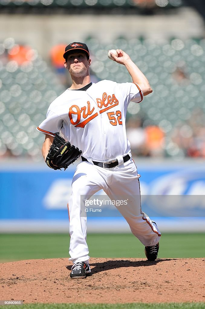 Brian Matusz #52 of the Baltimore Orioles pitches against the Cleveland Indians at Camden Yards on August 30, 2009 in Baltimore, Maryland.