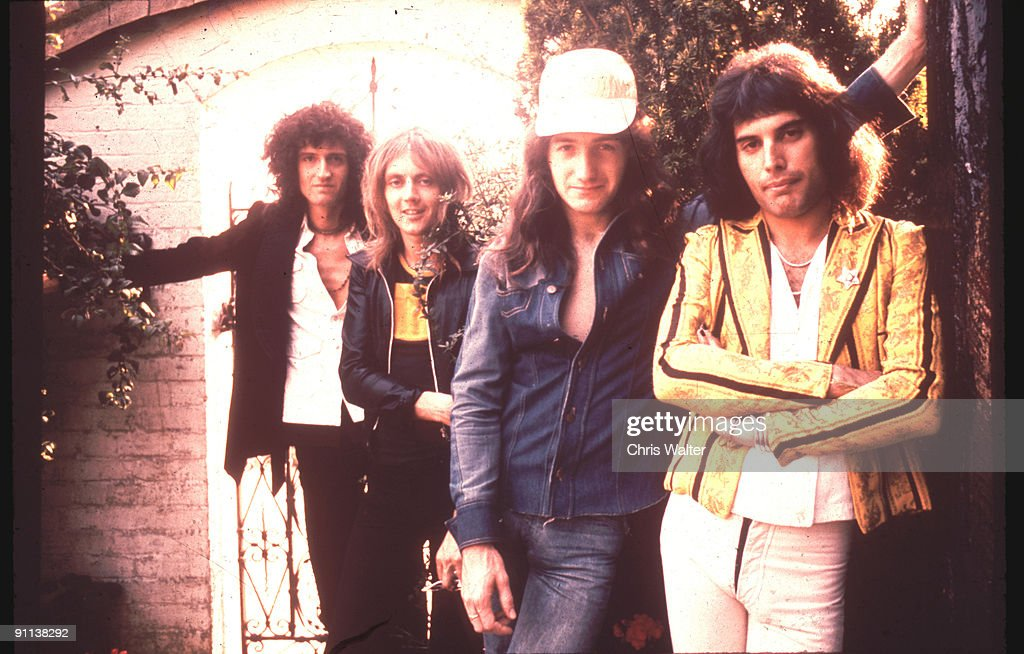 QUEEN 8/75 Brian May Roger Taylor John Deacon Freddie Mercury