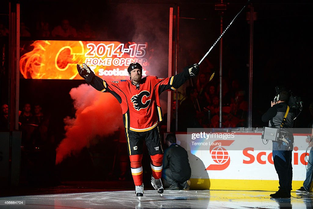 Brian McGrattan of the Calgary Flames acknowledges the crowd during player introductions before the game against the Vancouver Canucks at Scotiabank...