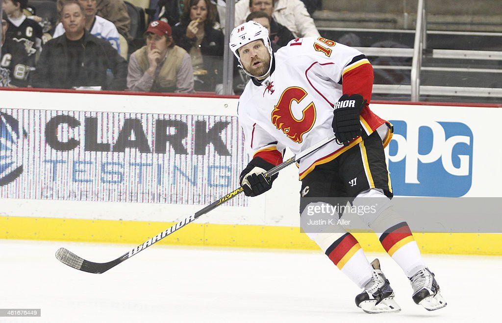 Brian McGrattan of the Calgary Flames skates against the Pittsburgh Penguins during the game at Consol Energy Center on December 21 2013 in...