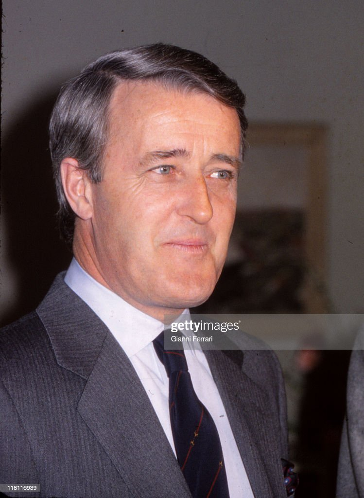a biography of martin brian mulroney a canadian prime minister Martin brian mulroney was born in baie-comeau, quebec in 1939, the son  served as prime minister of st francis xavier's model parliament.