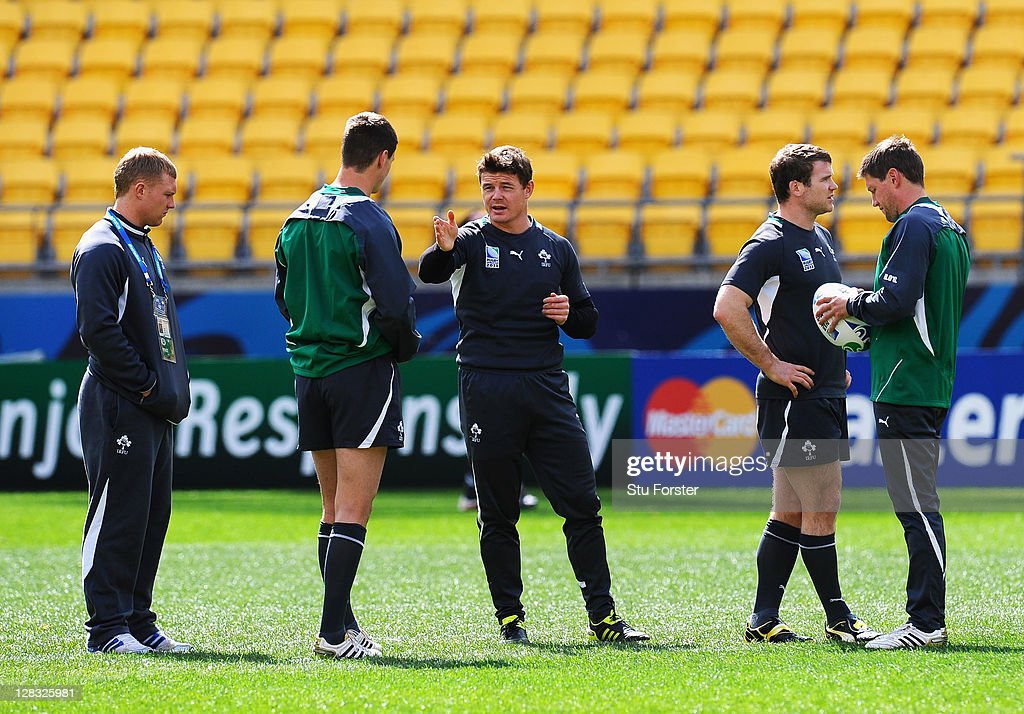 <a gi-track='captionPersonalityLinkClicked' href=/galleries/search?phrase=Brian+O%27Driscoll&family=editorial&specificpeople=194745 ng-click='$event.stopPropagation()'>Brian O'Driscoll</a> (C) of Ireland talks with teammates Jonathan Sexton (2L) and <a gi-track='captionPersonalityLinkClicked' href=/galleries/search?phrase=Keith+Earls&family=editorial&specificpeople=5409008 ng-click='$event.stopPropagation()'>Keith Earls</a> (L) as <a gi-track='captionPersonalityLinkClicked' href=/galleries/search?phrase=Gordon+D%27Arcy&family=editorial&specificpeople=220551 ng-click='$event.stopPropagation()'>Gordon D'Arcy</a> (2R) and <a gi-track='captionPersonalityLinkClicked' href=/galleries/search?phrase=Ronan+O%27Gara&family=editorial&specificpeople=206865 ng-click='$event.stopPropagation()'>Ronan O'Gara</a> look on during an Ireland IRB Rugby World Cup 2011 captain's run at Wellington Regional Stadium on October 7, 2011 in Wellington, New Zealand.