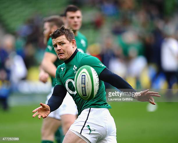 Brian O'Driscoll of Ireland warms up prior to the RBS Six Nations match between Ireland and Italy at Aviva Stadium on March 8 2014 in Dublin Ireland