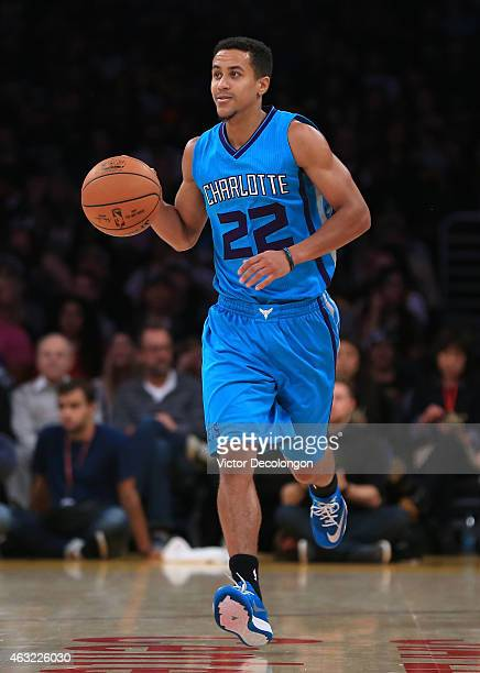 Brian Roberts of the Charlotte Hornets dribbles the ball upcourt during the NBA game against the Los Angeles Lakers at Staples Center on November 9...