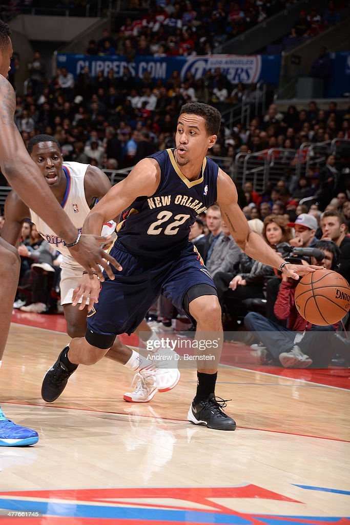 Brian Roberts #22 of the New Orleans Pelicans dribbles the ball against the Los Angeles Clippers at STAPLES Center on March 1, 2014 in Los Angeles, California.