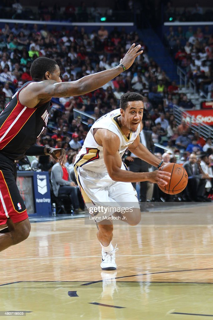 Brian Roberts #22 of the New Orleans Pelicans drives against the Miami Heat on March 22, 2014 at the Smoothie King Center in New Orleans, Louisiana.