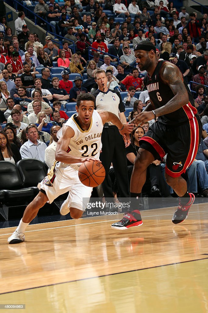 Brian Roberts #22 of the New Orleans Pelicans handles the ball against the Miami Heat on March 22, 2014 at the Smoothie King Center in New Orleans, Louisiana.