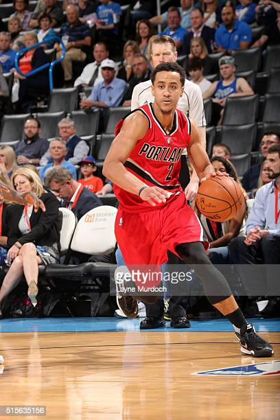 Brian Roberts of the Portland Trail Blazers handles the ball during the game against the Oklahoma City Thunder on March 14 2016 at Chesapeake Energy...