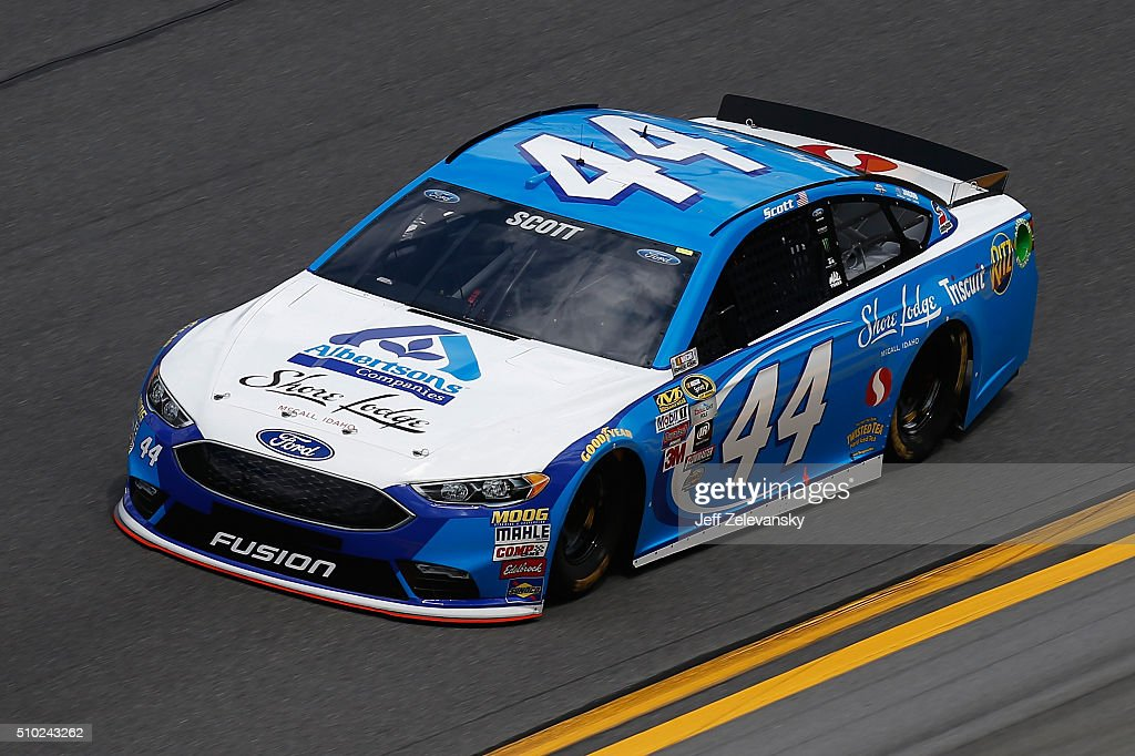 <a gi-track='captionPersonalityLinkClicked' href=/galleries/search?phrase=Brian+Scott+-+Race+Car+Driver&family=editorial&specificpeople=12790118 ng-click='$event.stopPropagation()'>Brian Scott</a>, driver of the #44 Albertsons Co./Shore Lodge Ford, drives during qualifying for the NASCAR Sprint Cup Series Daytona 500 at Daytona International Speedway on February 14, 2016 in Daytona Beach, Florida.