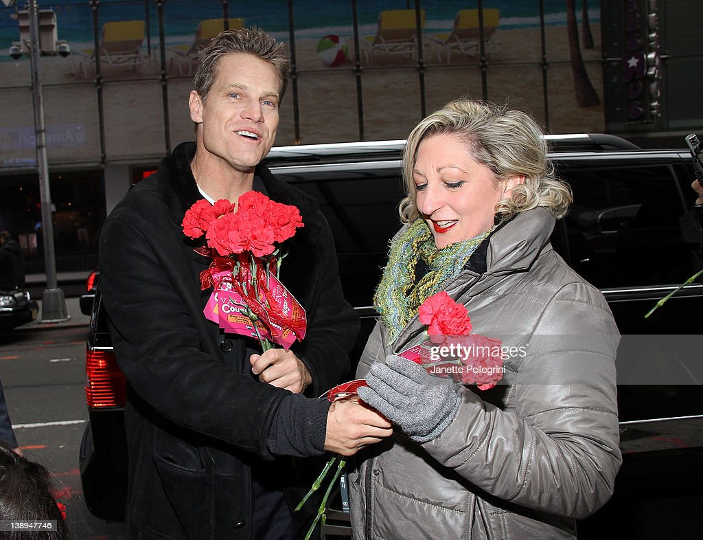 """Cast Of """"Cougartown"""" Hand Out Roses In Times Square"""