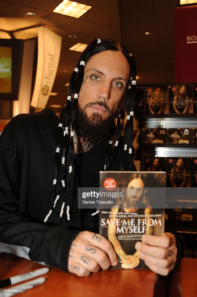Brian Welch Book Signing At Borders - Location: Las Vegas