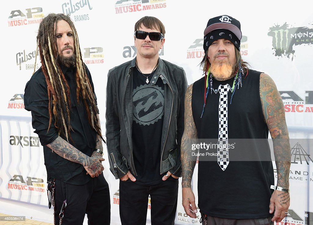 <a gi-track='captionPersonalityLinkClicked' href=/galleries/search?phrase=Brian+Welch&family=editorial&specificpeople=3209697 ng-click='$event.stopPropagation()'>Brian Welch</a>, Ryan Luzier and Reginald Arvizu of Korn attend the 2014 Gibson Brands AP Music Awards at the Rock and Roll Hall of Fame and Museum on July 21, 2014 in Cleveland, Ohio.