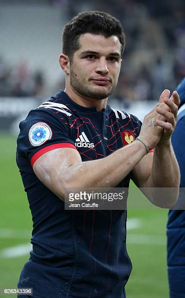 Brice Dulin thanks the supporters following the international friendly test match between France and New Zealand at Stade de France on November 26...
