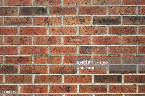 кирпич на стене своими руками