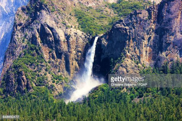 Bridal veil falls yosemite, california