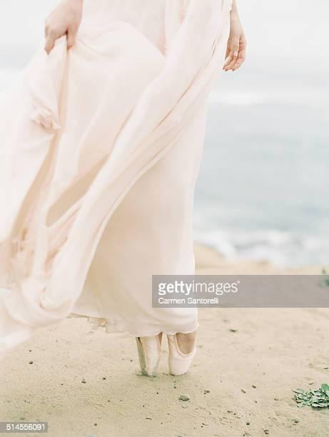 Bride ballerina in en pointe shoes