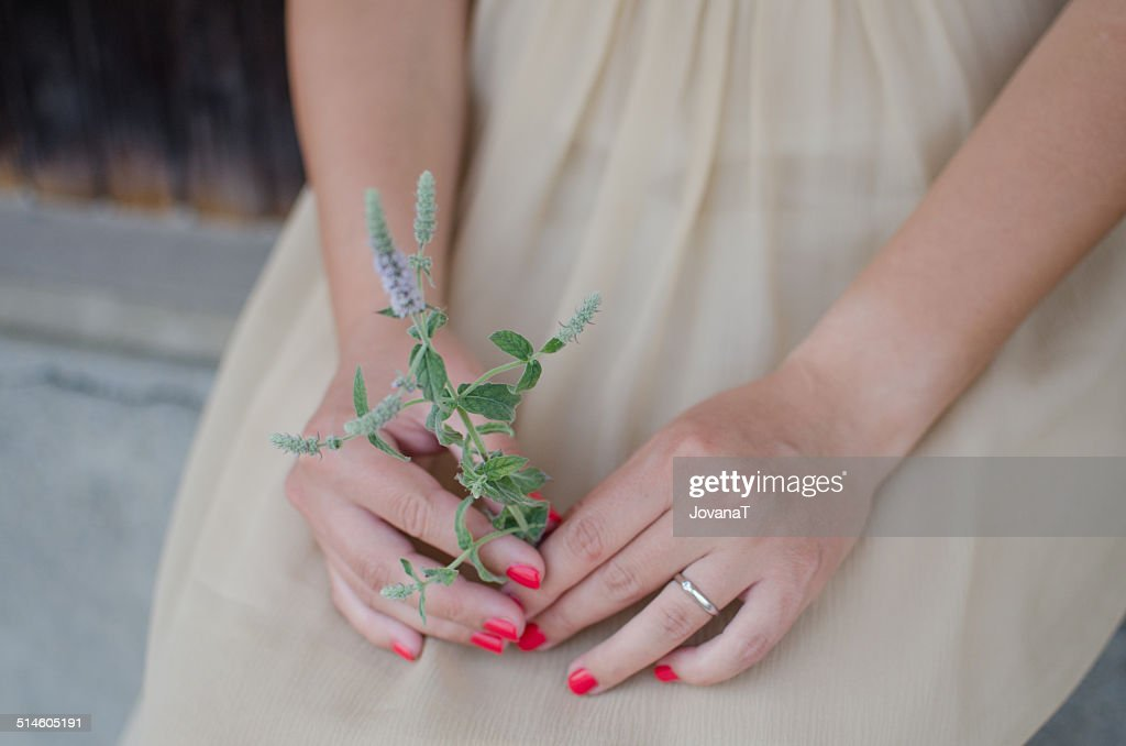 Bride holding mint