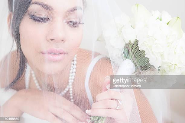 Mariée sous voile