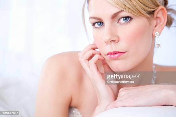 Oggi sposi niente sesso foto e immagini stock getty - Video sesso sul divano ...