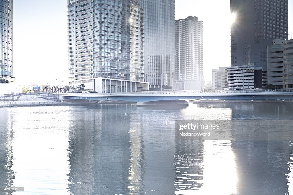 bridge and buildings of bay area and sunshine : Stock Photo