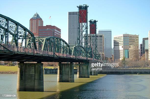 Puente del centro de la ciudad