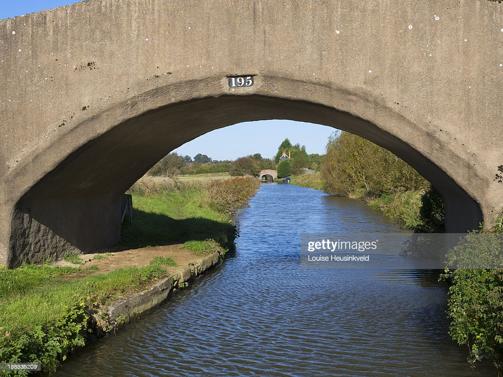 Bridge on the Oxford Canal : Stock Photo