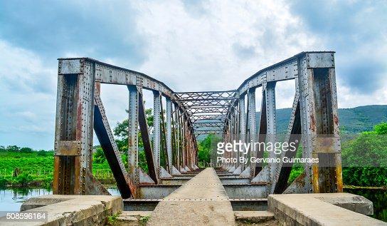 Bridge on the river. : Foto de stock