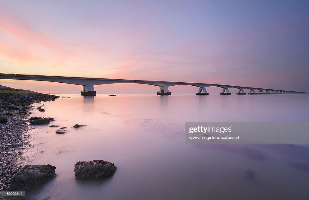 Bridge to horizon