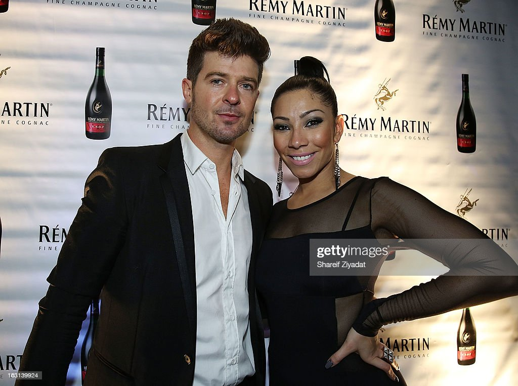 Bridget Kelly, and <a gi-track='captionPersonalityLinkClicked' href=/galleries/search?phrase=Robin+Thicke&family=editorial&specificpeople=724390 ng-click='$event.stopPropagation()'>Robin Thicke</a> attend the Remy Martin V.S.O.P Ringleader Culmination Event with <a gi-track='captionPersonalityLinkClicked' href=/galleries/search?phrase=Robin+Thicke&family=editorial&specificpeople=724390 ng-click='$event.stopPropagation()'>Robin Thicke</a> at Marquee on March 4, 2013 in New York City.