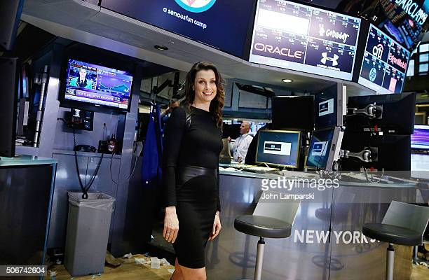 Bridget Moynahan and The Hole In The Wall Gang Camp ring New York Stock Exchange Closing Bell at New York Stock Exchange on January 25 2016 in New...