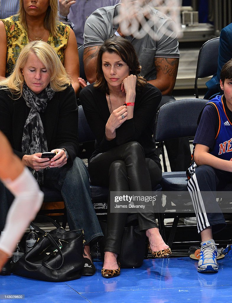 <a gi-track='captionPersonalityLinkClicked' href=/galleries/search?phrase=Bridget+Moynahan&family=editorial&specificpeople=204689 ng-click='$event.stopPropagation()'>Bridget Moynahan</a> attends the New York Knicks vs Boston Celtics basketball game at Madison Square Garden on April 17, 2012 in New York City.