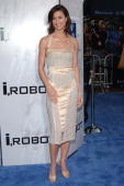 Bridget Moynahan during 'I ROBOT' World Premiere Arrivals at Mann Village Theatre in Westwood California United States