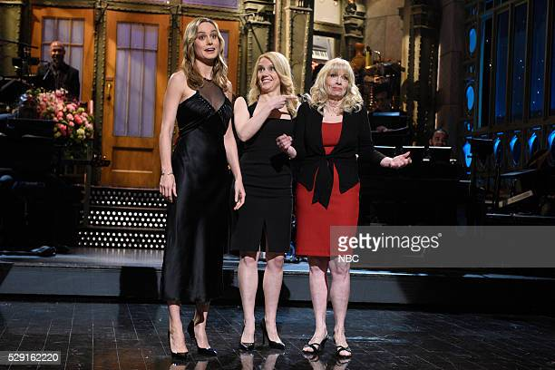 LIVE 'Brie Larson' Episode 1702 Pictured Brie Larson Kate McKinnon and Laura Campbell during the monologue on May 7 2016