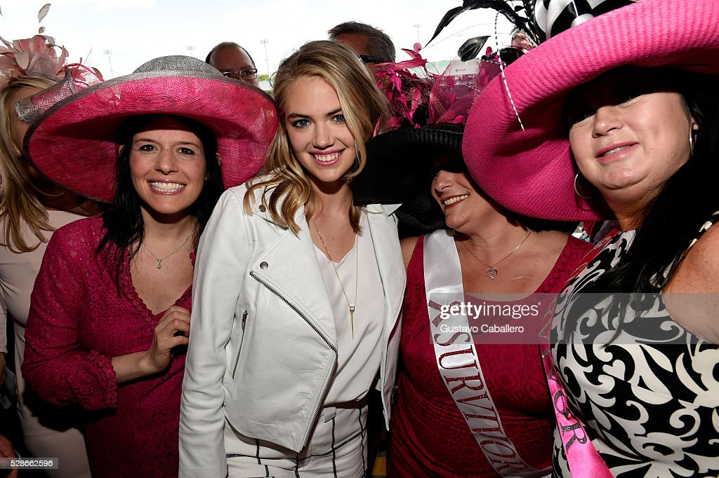 Bright Pink Founder Lindsay Avner and 2016 Oaks First Lady Kate Uptown pose with survivors at the 2016 Kentucky Oaks at Churchill Downs on May 6, 2016 in Louisville, Kentucky.