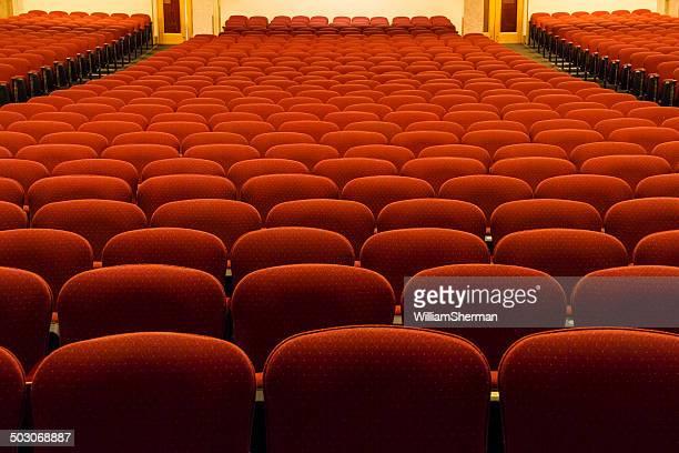 Strahlend Rot-Orange weichen Theater Sitzplätze