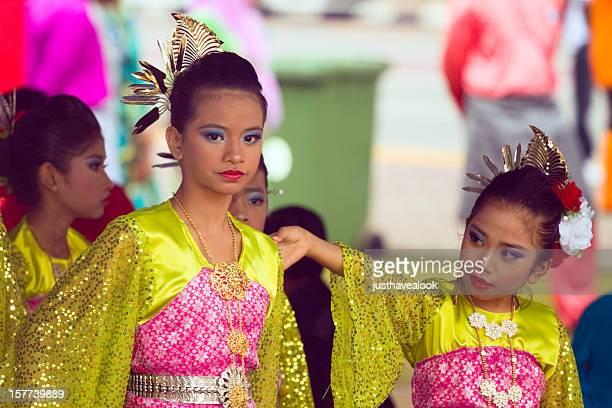 Bright young Malay girls at Hari Raya