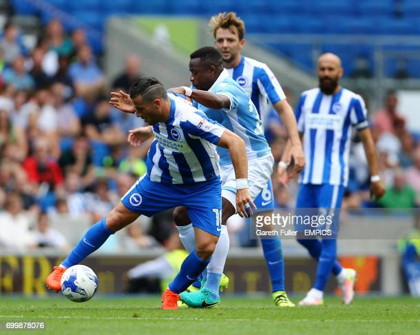 Brighton's Tomer Hemed in action