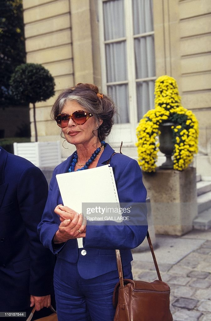 Brigitte Bardot received by Philippe Vasseur, Minister of Agriculture in Paris, France on October 12, 1995.